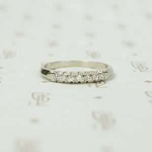 Classic Slim 1940's Diamond Band