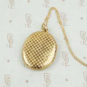 Checkerboard Patterned Edwardian Locket