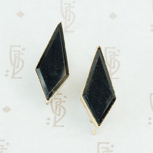 gold and onyx earrings elongated diamond shaped