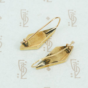 gold and onyx earrings elongated diamond shaped back