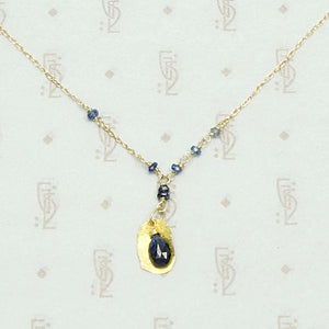Hand Forged 18k Gold Leaf & Sapphire Necklace by brunet, detail