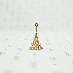 Delightful Three Dimensional Eiffel Tower Charm