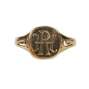 Classic and Beautiful circa 1900 Signet Ring