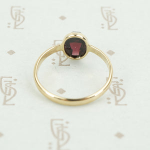 rose cut garnet 14k recycled gold ring side view
