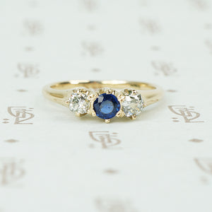mine cut diamonds and sapphire ring in yellow gold circa 1890