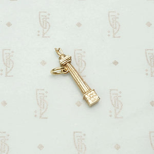 Nelson's Column English Souvenir Charm