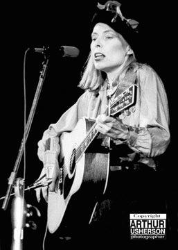 Joni Mitchell with the Rolling Thunder Revue - Arthur Usherson