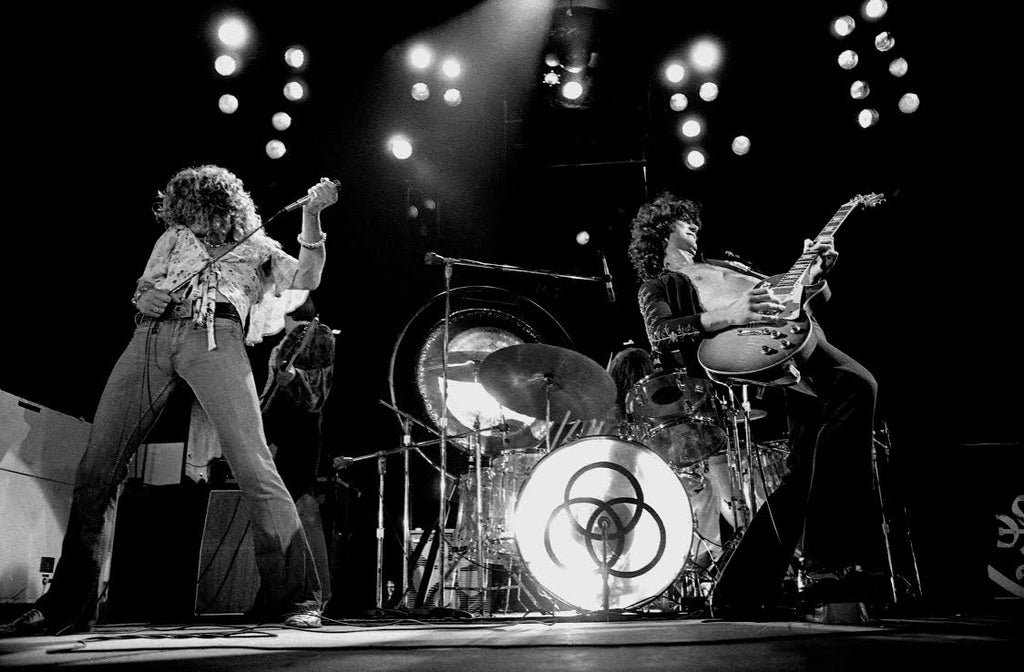 Smithsonian rock roll with led zeppelin at madison square garden 197 rock art show for Led zeppelin madison square garden