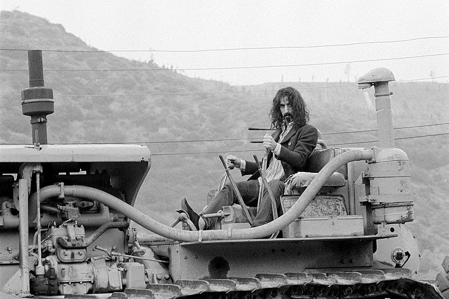 Frank Zappa in Laurel Canyon - Baron Wolman