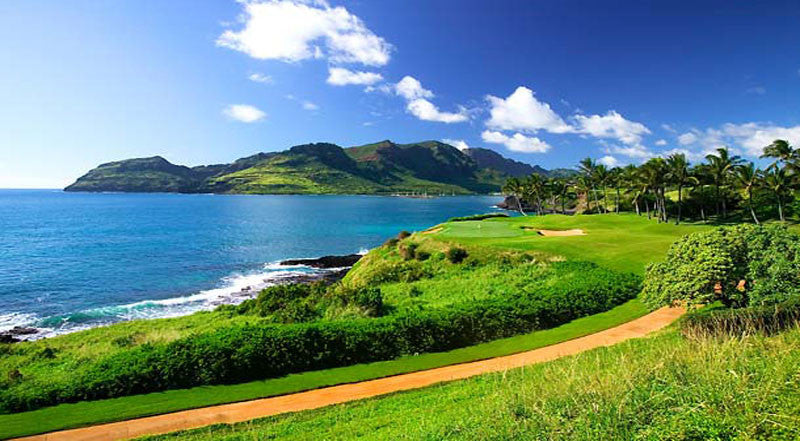 Kauai Lagoons Golf Club has 4 ocean holes including hole 14