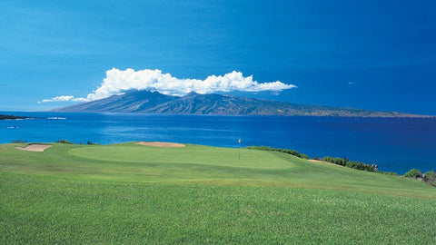 Kapalua Bay hole 5 green with view of Lanai in background