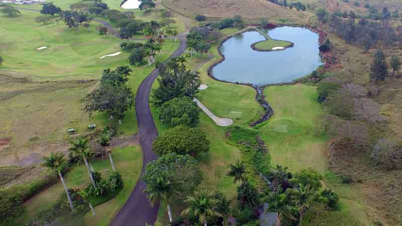 Aerail view from Hawaii Tee Times drone of hole 17.