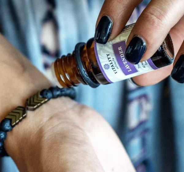 How to Use Lava Beads With Essential Oils