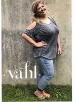 Plus Relaxed Fit Cropped Denim : Size 3XL | VAHL