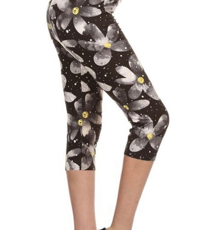 Misses Floral Print Leggings : Moon Flower Capri Pre-Order