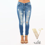 Plus Judy Blue Distressed  Denim : Size 2X