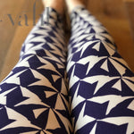 Plus Geometric Leggings : Pinwheel