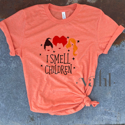 I Smell Children Graphic Tee Hocus Pocus