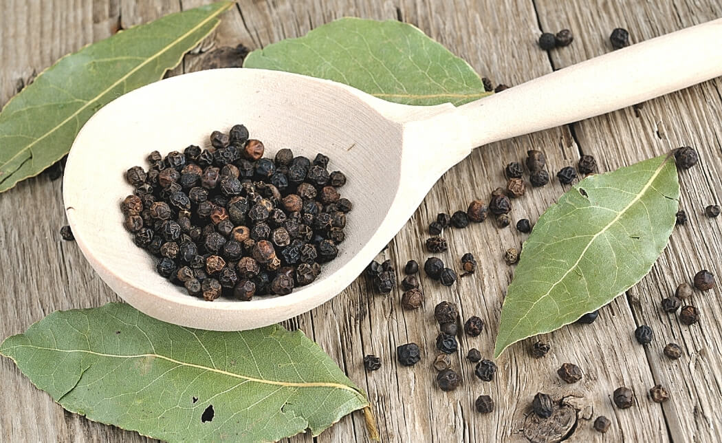 Black pepper essential oil facts by Loving Essential Oils