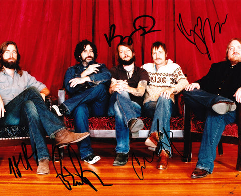 BAND OF HORSES SIGNED 8X10 PHOTO 2