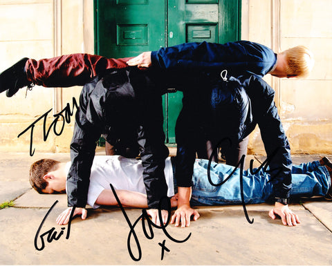 ALT-J SIGNED 8X10 PHOTO 3