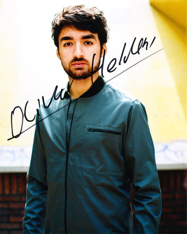 OLIVER HELDENS SIGNED 8X10 PHOTO 3