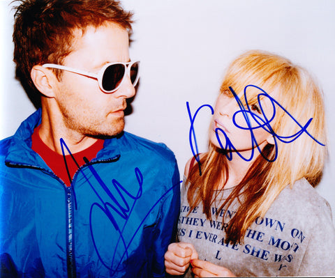 THE TING TINGS SIGNED 8X10 PHOTO 2