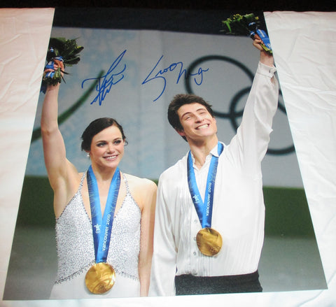 TESSA VIRTUE & SCOTT MOIR SIGNED 2010 OLYMPIC FIGURE SKATING 11X14 PHOTO