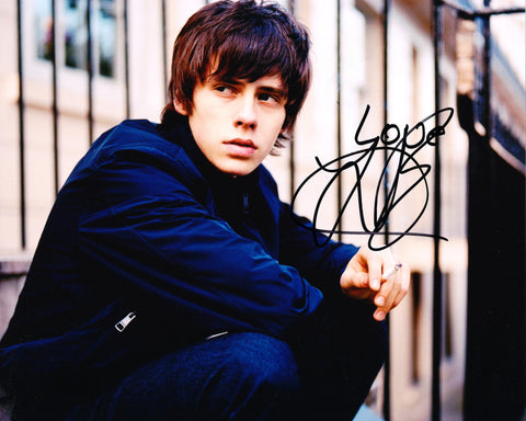 JAKE BUGG SIGNED 8X10 PHOTO 3