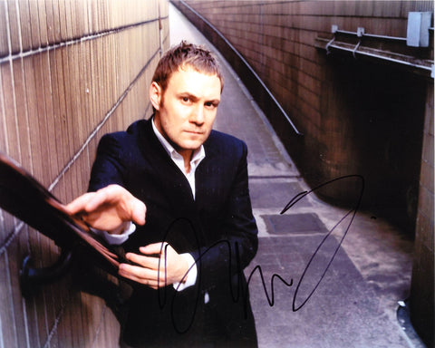 DAVID GRAY SIGNED 8X10 PHOTO