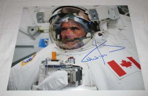 ASTRONAUT CHRIS HADFIELD SIGNED 11X14 PHOTO