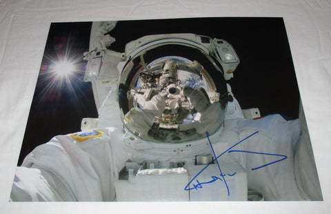 ASTRONAUT CHRIS HADFIELD SIGNED 11X14 PHOTO 2