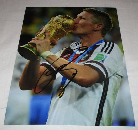 BASTIAN SCHWEINSTEIGER SIGNED GERMANY WORLD CUP 2014 11X14 PHOTO 2