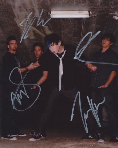 MARIANAS TRENCH SIGNED 8X10 PHOTO 2