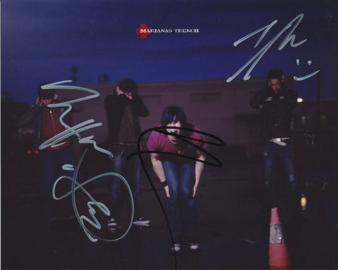MARIANAS TRENCH SIGNED 8X10 PHOTO 3