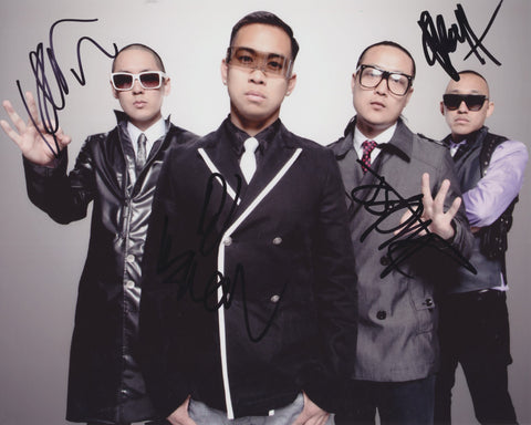 FAR EAST MOVEMENT SIGNED 8X10 PHOTO