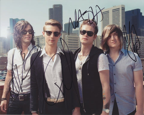 HOT CHELLE RAE SIGNED 8X10 PHOTO 3