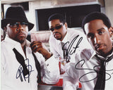 BOYZ II MEN SIGNED 8X10 PHOTO