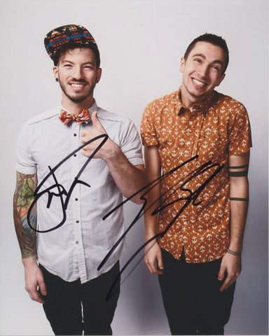 TWENTY ONE PILOTS SIGNED 8X10 PHOTO 2