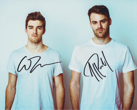 THE CHAINSMOKERS SIGNED 8X10 PHOTO 6
