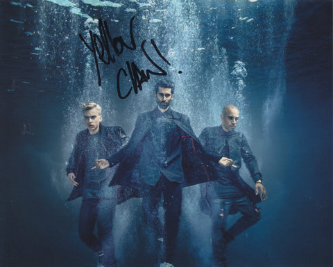 YELLOW CLAW SIGNED 8X10 PHOTO