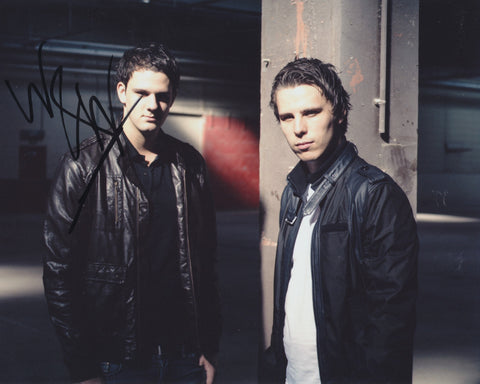 W&W SIGNED 8X10 PHOTO 3