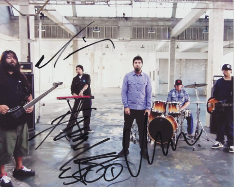 DEFTONES SIGNED 8X10 PHOTO