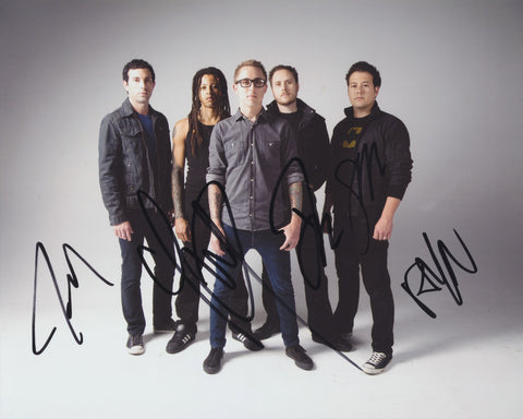 YELLOWCARD SIGNED 8X10 PHOTO 2