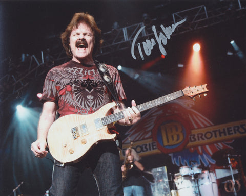 TOM JOHNSTON SIGNED THE DOOBIE BROTHERS 8X10 PHOTO 2