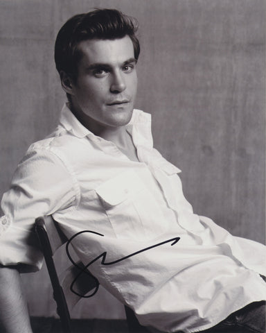 SEAN MAHER SIGNED 8X10 PHOTO