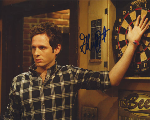 GLENN HOWERTON SIGNED IT'S ALWAYS SUNNY IN PHILADELPHIA 8X10 PHOTO