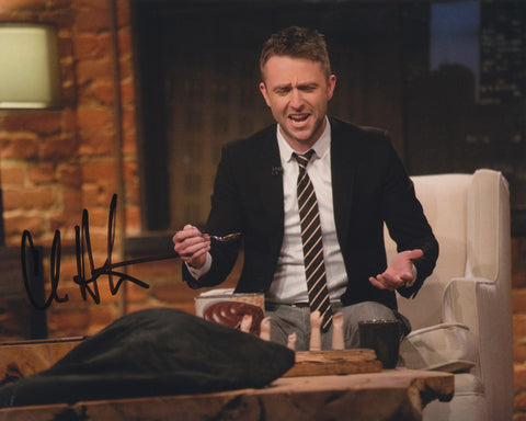 CHRIS HARDWICK SIGNED TALKING DEAD 8X10 PHOTO 5