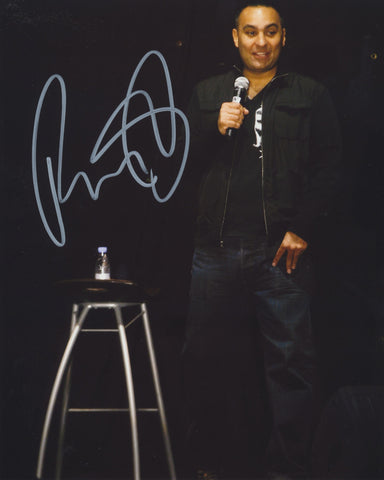RUSSELL PETERS SIGNED 8X10 PHOTO 2