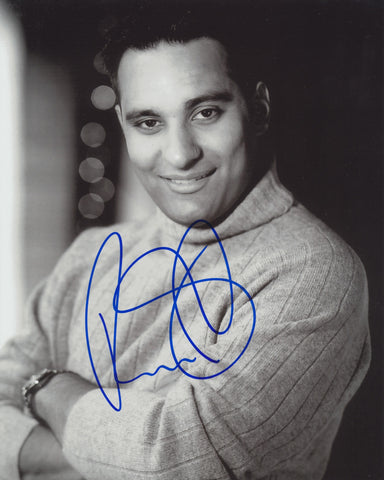 RUSSELL PETERS SIGNED 8X10 PHOTO 6